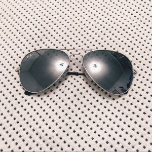 Ray ban Silver Mirror Aviator Sunglasses RB3025